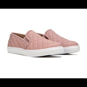 Steve Madden Ecentrcq slip-on sneakers blush pink